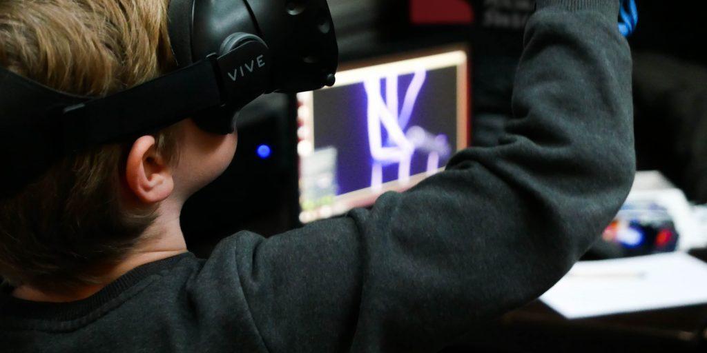 Polska Światłoczuła - Malowanie w 3D w VR